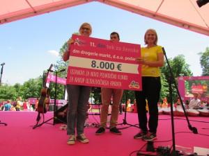 Na dm teku za ženske prejeli donacijo v višini 8.000 € za UZ aparat