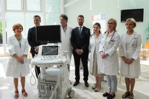 Odvetniška zbornica Slovenije donirala ultrazvočni aparat oddelku za novorojenčke Pediatrične klinike v Ljubljani